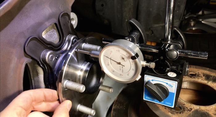 Measuring fix warped brake disk rotor runout wheel bearing hub assemble looseness play wobbling